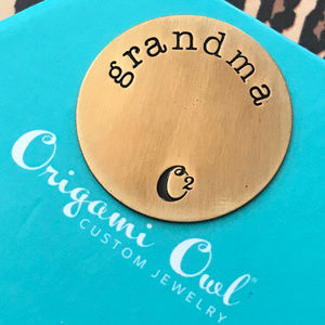 4 for $25 Origami Owl Large Gold Grandma Plate 3G